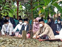 Ziarah Ke Makam Tokoh Pemekaran Presidium Pangandaran,Bupati : Kita Jasmerah